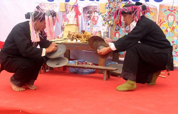 Fiesta Tu Cai reconoce adolescencia de los étnicos Dao Dau Bang - ảnh 3
