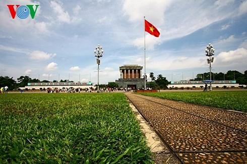 Plaza Ba Dinh sella el nacimiento de la República Democrática de Vietnam - ảnh 4