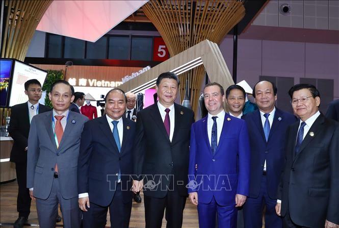 Vietnam cumple la agenda en la primera Feria Internacional de Importaciones de China - ảnh 1