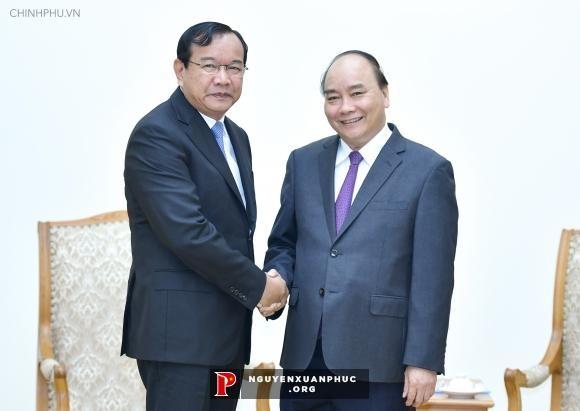 Profundizan relaciones de vecindad y amistad entre Vietnam y Camboya - ảnh 1