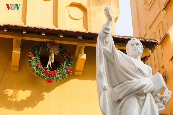 Feliz Navidad: evidencia de la libertad de religión y credo en Vietnam - ảnh 1