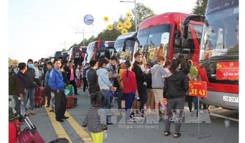 Organizaciones sindicales de Vietnam por garantizar un feliz Año Nuevo para los trabajadores - ảnh 1