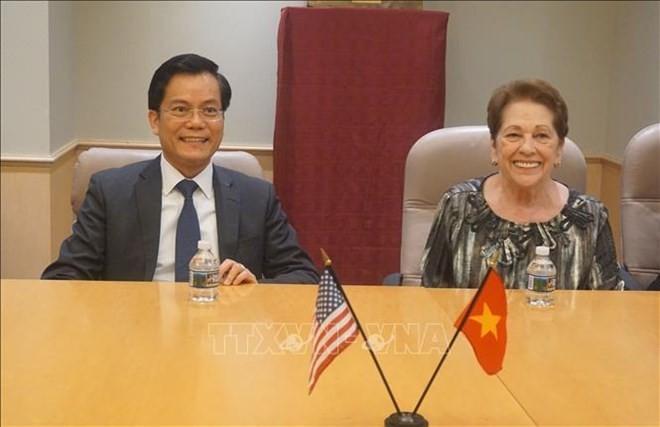 Disminución de las consecuencias de guerra: esfuerzo para fortalecer cooperación Vietnam-Estados Unidos - ảnh 1