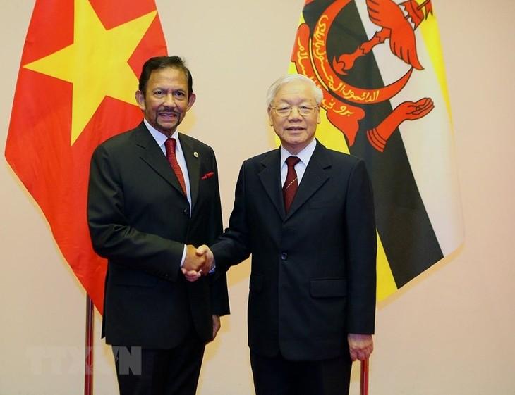 Presidente vietnamita celebra la visita del sultán bruneano - ảnh 1