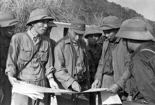 Dong Sy Nguyen, eminente general de la legendaria ruta Ho Chi Minh - ảnh 1