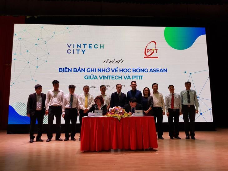 Estudiantes emprendedores de Vietnam ante oportunidades de desarrollo en tecnología - ảnh 1