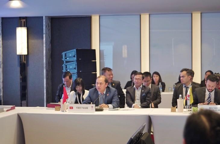 Vietnam ratifica sus compromisos para cumplir la agenda de la Asean en 2019 - ảnh 1