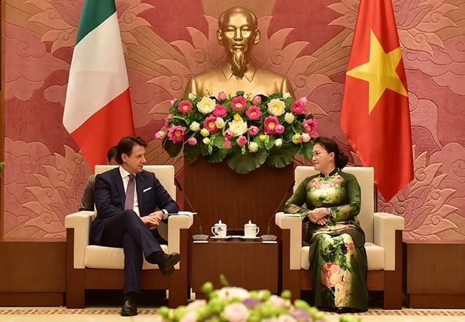 Líder parlamentaria de Vietnam aboga por fomentar asociación estratégica con Italia - ảnh 1