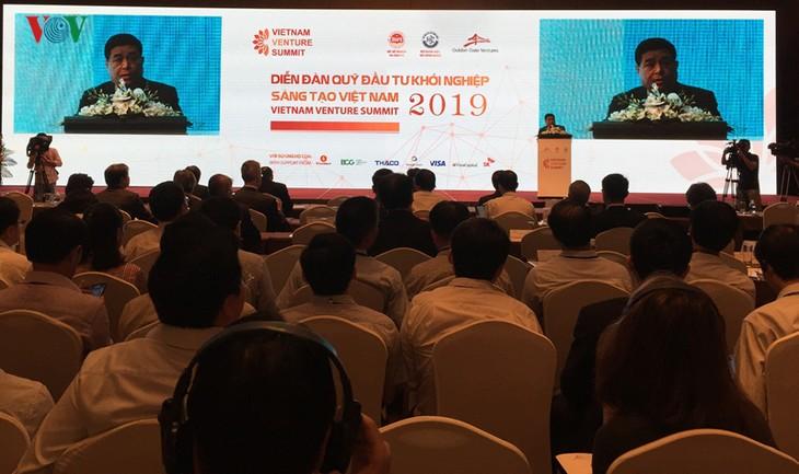 Primer foro de inversores para el emprendimiento en Vietnam - ảnh 1