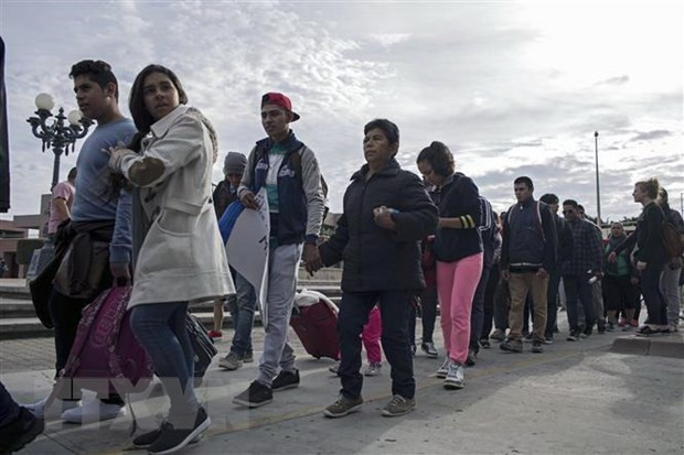 Estados Unidos amenaza con sancionar a México si no cambia su enfoque migratorio - ảnh 1
