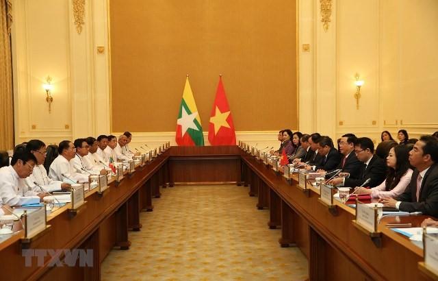 Vietnam aboga por desarrollar de manera duradera relaciones con Myanmar - ảnh 1