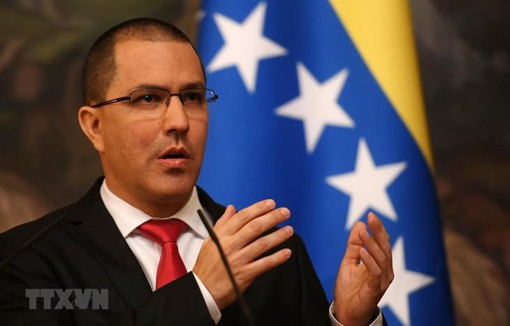 Venezuela critica intervención de UE en sus negociaciones con la oposición - ảnh 1