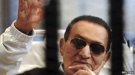 エジプト ムバラク元大統領を保釈 - ảnh 1