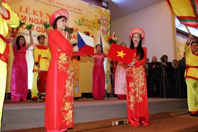 ベトナム・チェコ外交関係樹立記念式典 - ảnh 1