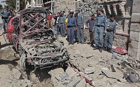 パキスタンでモスク襲撃 20人死亡、過激派犯行 - ảnh 1