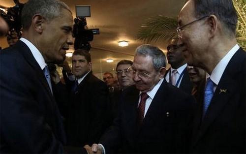 米キューバ首脳、「歴史的」会談 - ảnh 1
