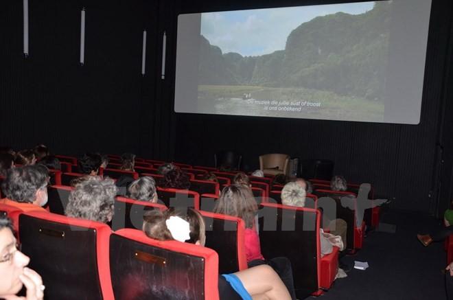 ベトナム枯葉剤被害者をテーマとした映画と本、フランスで公開 - ảnh 1