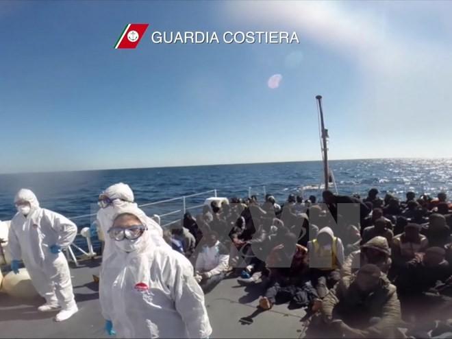 6日間で1万1000人上陸=北アフリカから不法移民-イタリア - ảnh 1