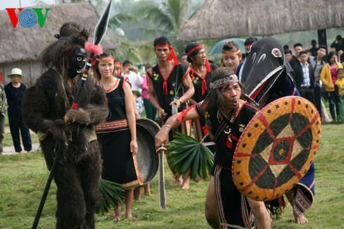 バナ族の平安を祈る儀式 - ảnh 8