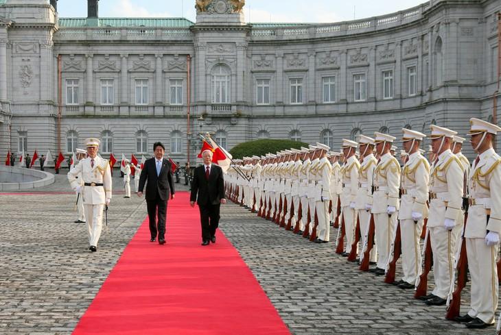 ベトナム共産党書記長の歓迎式典 - ảnh 1