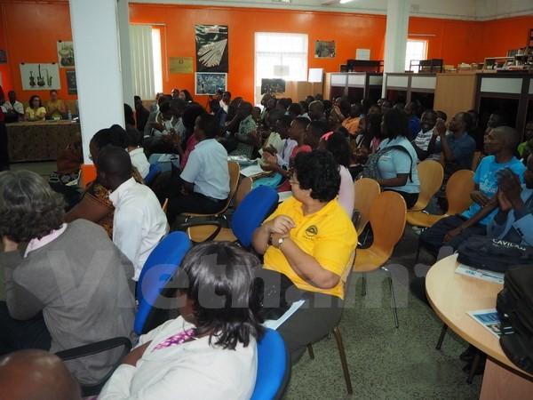 モザンビークで、ベトナム人学生 国土をPR - ảnh 1