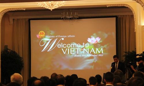 外務省、9ヶ国語でベトナムをPR - ảnh 1