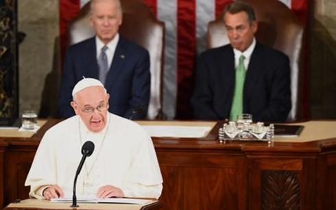 法王フランシスコが米議会で初演説  - ảnh 1