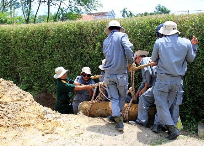 クアンチ省の地雷と不発弾処理の現状とこれから - ảnh 1