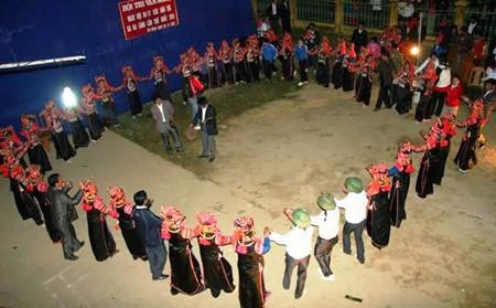 ハニー族の伝統芸能 - ảnh 2
