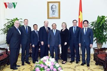 フック首相、米・ASEANビジネス評議会代表団と会見 - ảnh 1