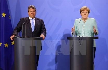 難民の就職機会増加を ドイツが新法制定へ - ảnh 1