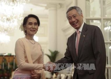 ミャンマー「国内和解重要」=スー・チー氏、シンガポールで講演 - ảnh 1