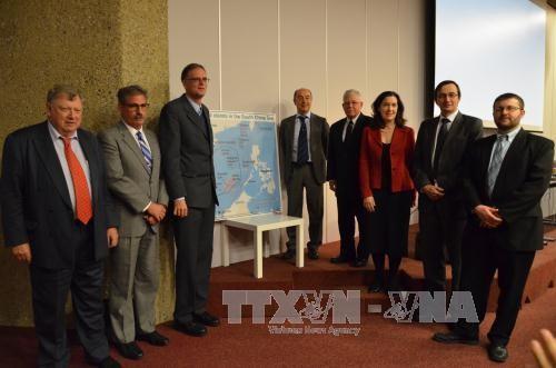 世界の学者、スイスで領海紛争解決のための協力を強調 - ảnh 1
