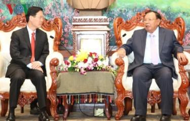 ラオスの国家主席、ベトナム共産党教宣委員会代表団と会見 - ảnh 1