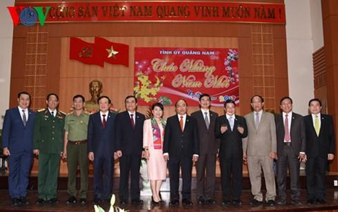 フック首相、クアンナム省を訪問 - ảnh 1
