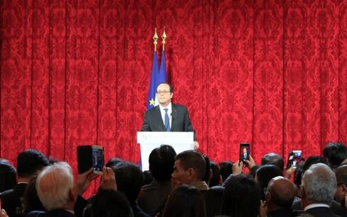 オランド仏大統領、アジア地域の旧正月を祝う - ảnh 1