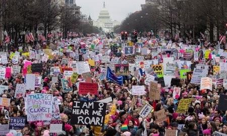 米で「大統領の日」 各地では反トランプデモ - ảnh 1