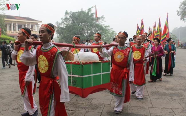 ベトナム建国の祖「フン王」を祀る信仰・ベトナム人の団結心を培養 - ảnh 1