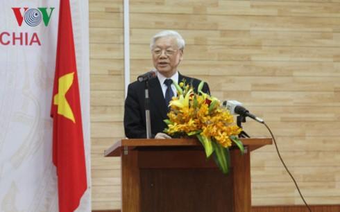 チョン書記長、在カンボジア越大使館を訪問 - ảnh 1