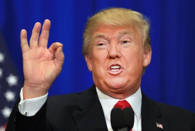 米大統領、対ロシア制裁強化法案への署名に「オープン」な姿勢=当局者 - ảnh 1