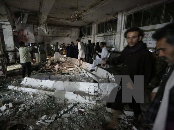 モスク襲撃され90人以上が死傷 アフガン - ảnh 1