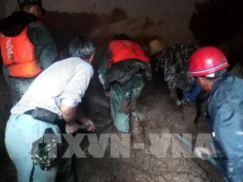 中国四川省でM7の地震、13人死亡 175人負傷 - ảnh 1