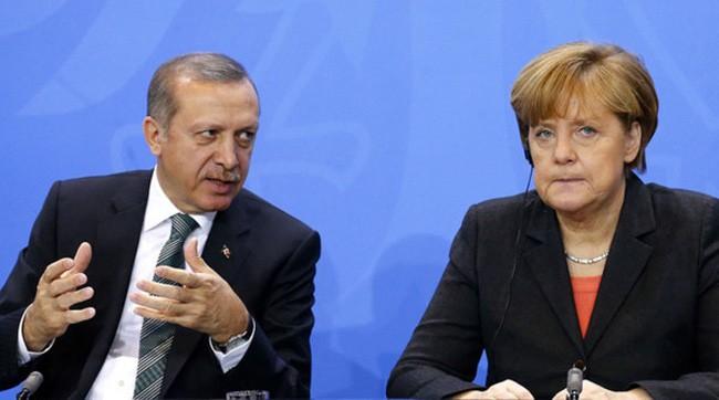 トルコ大統領「敵を支持するな」 トルコ系ドイツ人に呼び掛け  - ảnh 1