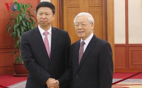 チョン党書記長、中国の習総書記の特使と会見 - ảnh 1