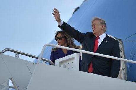 トランプ大統領、日本に到着 アジア歴訪でプーチン氏とも会談の見通し - ảnh 1