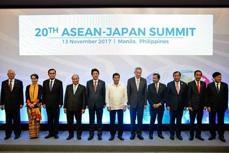 ASEAN+3 安倍首相 金融協力の重要性強調 - ảnh 1