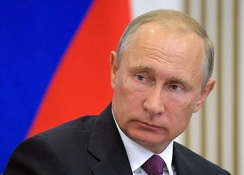 ロシア プーチン大統領の立候補 正式に決定 - ảnh 1
