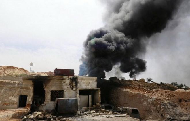 シリア「軍用空港が敵のミサイルで攻撃された」 - ảnh 1