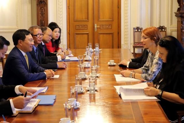 ミン副首相兼外相、ルーマニアを公式訪問中 - ảnh 1