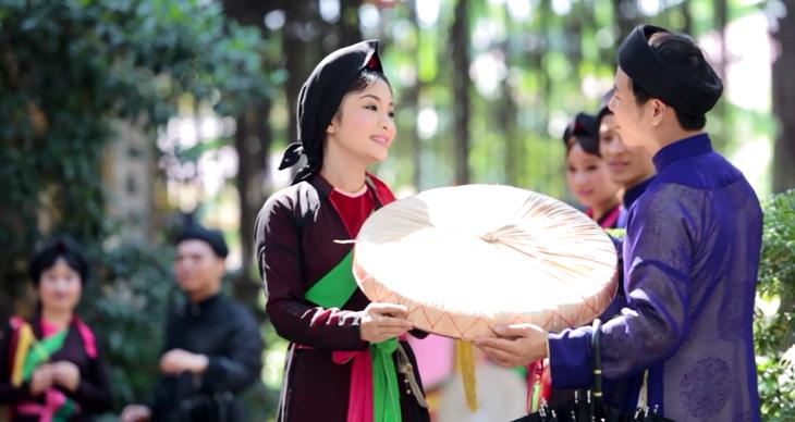 ベトナム北部バクニン省の民謡クアンホ - ảnh 1